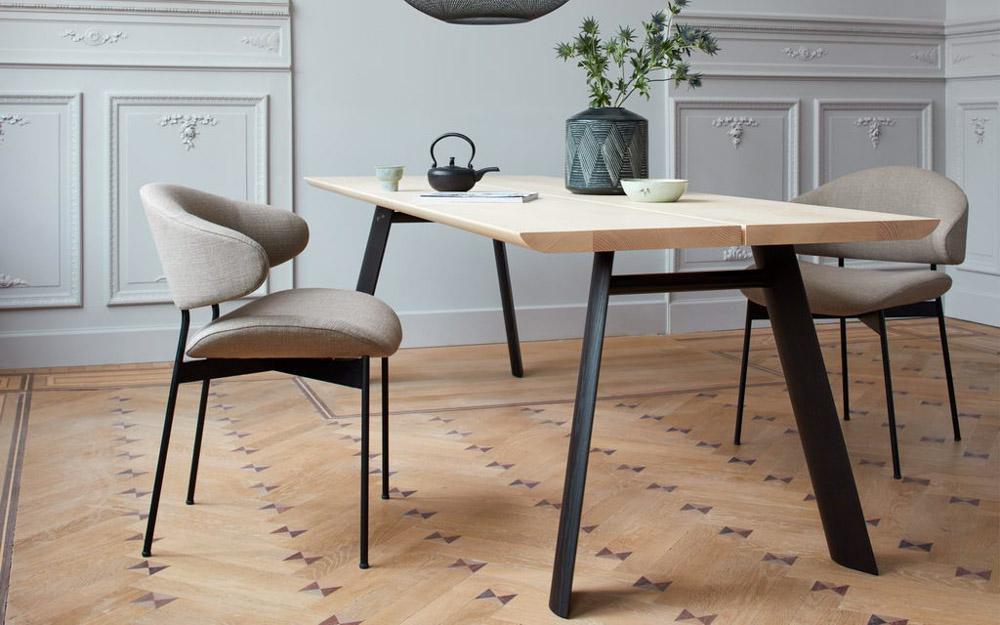 More – Tisch & Stühle