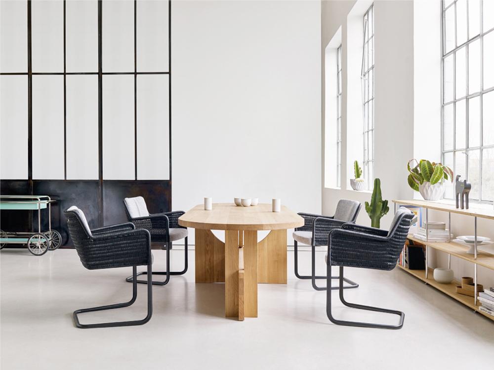 Tecta – Tisch & Stühle
